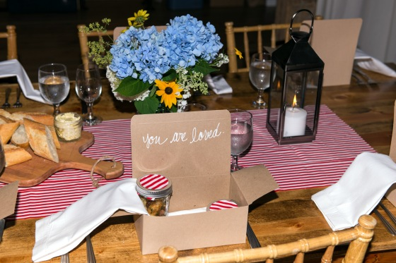 how to set up a formal dinner table