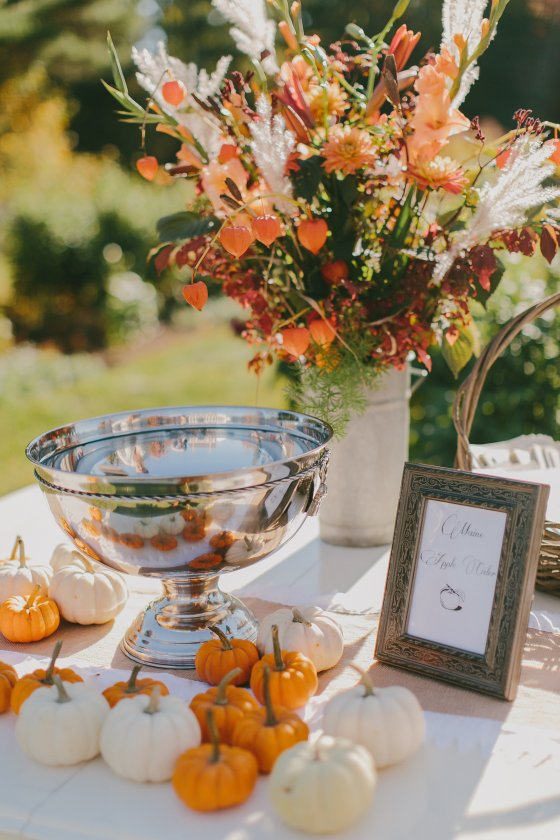 Eastman Hill Wedding Florals.jpg