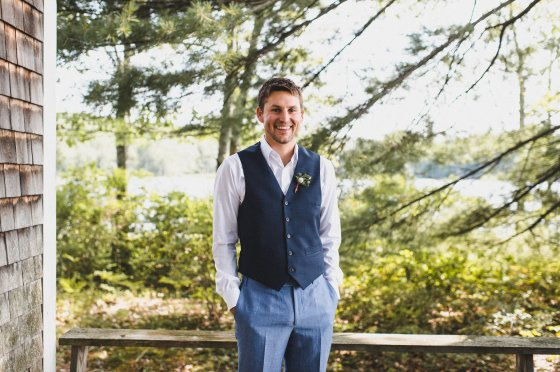 camp-kieve-wedding-groom-portraits-zak