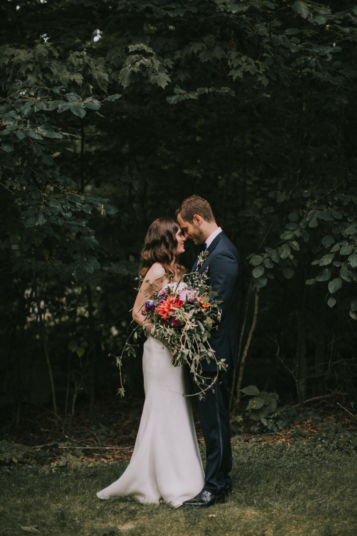 kingsley-pines-wedding-bride-and-groom-portraits