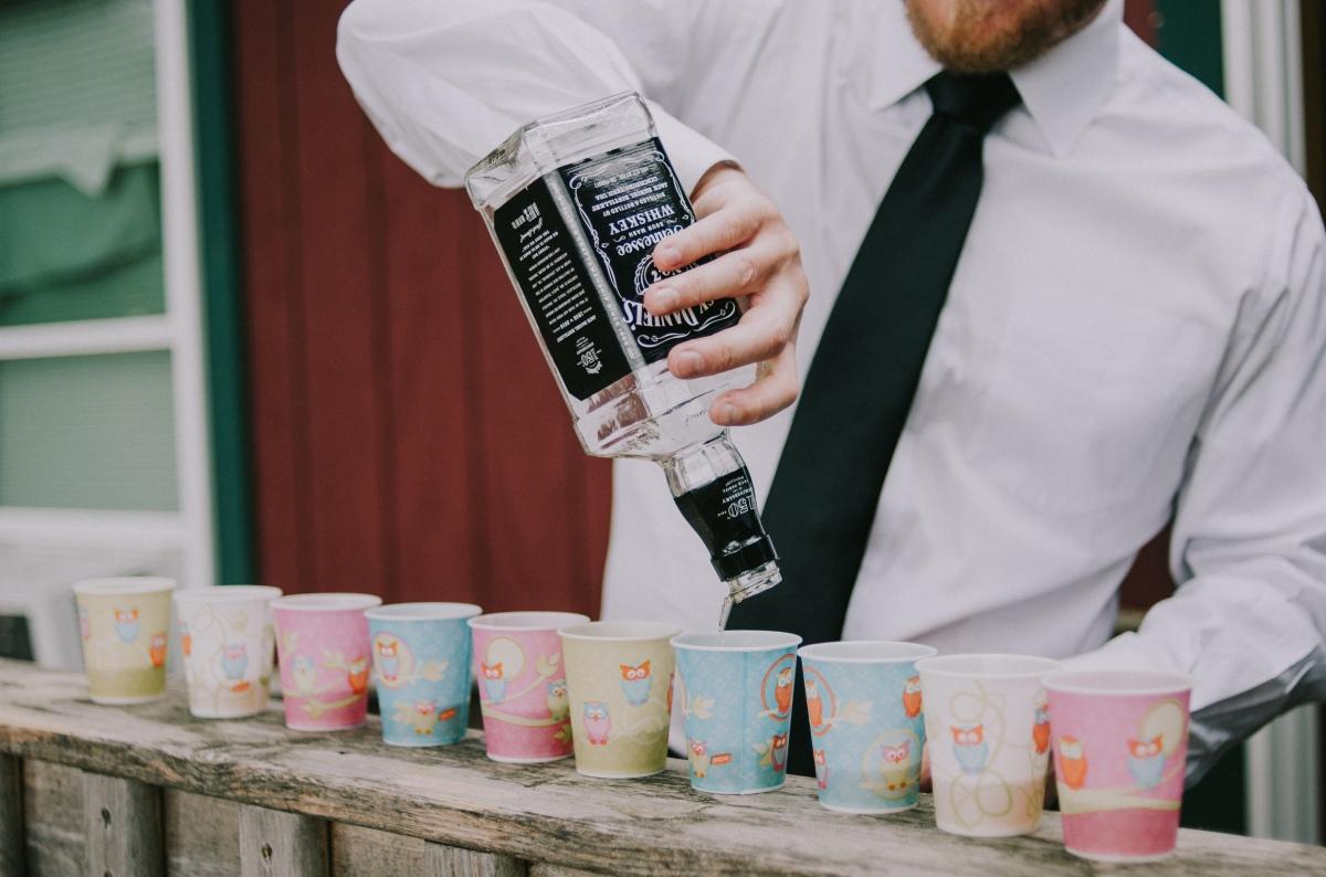 kingsley-pines-wedding-groomsmen-getting-ready