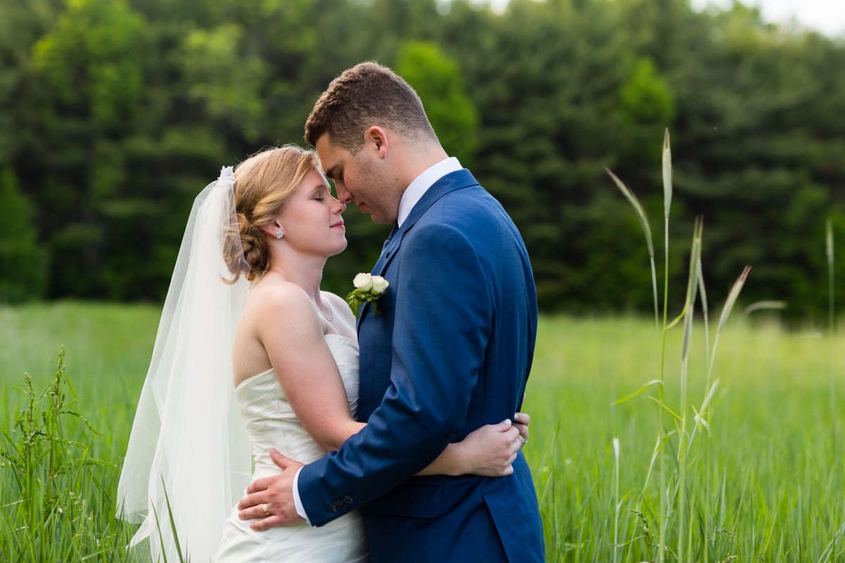flanagan-farm-wedding-bride-and-groom-portrait-copy