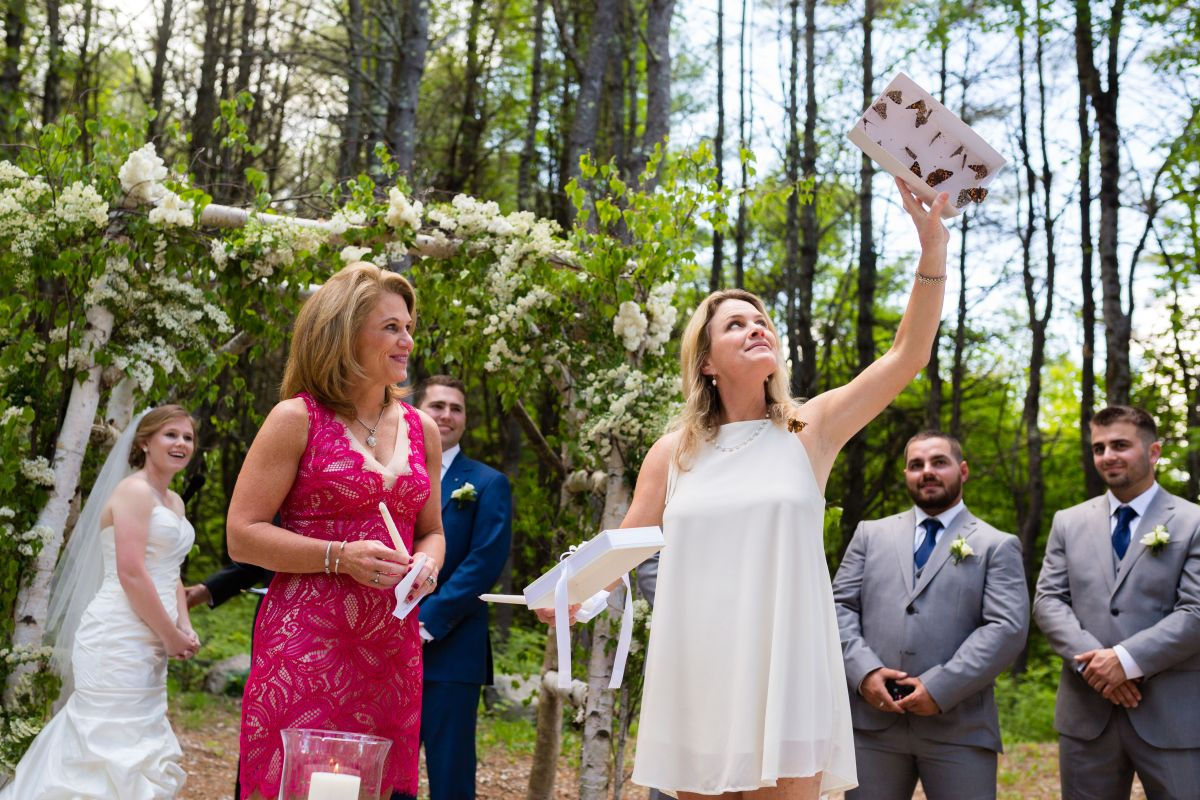 Flanagan Farm Wedding Ceremony Butterfly Release.jpg