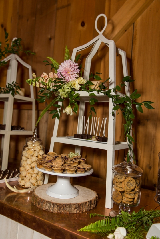 Granite Ridge Wedding Dessert Display