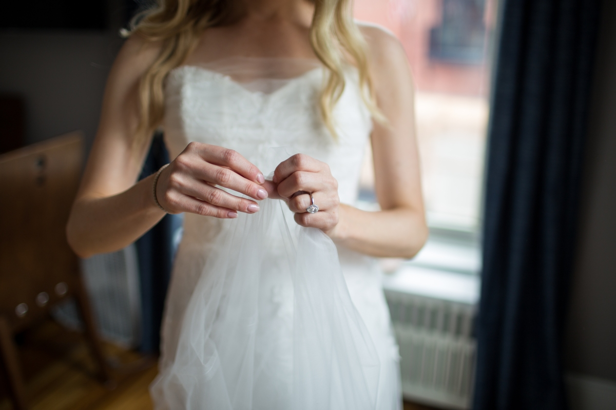 Ocean Gateway Wedding Bride Veil