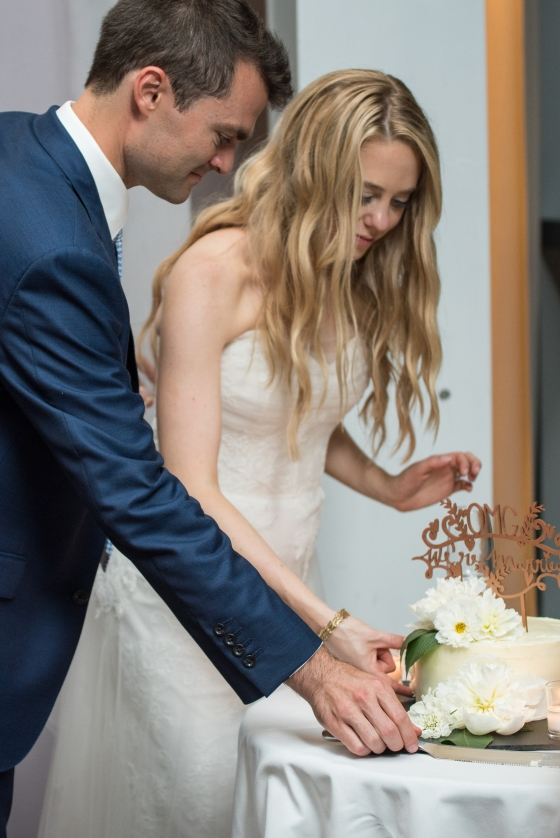 Ocean Gateway Wedding Cake Cutting