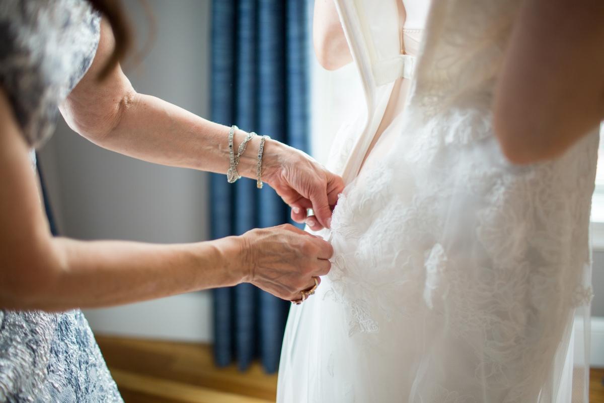 Ocean Gateway Wedding Dress Zipping
