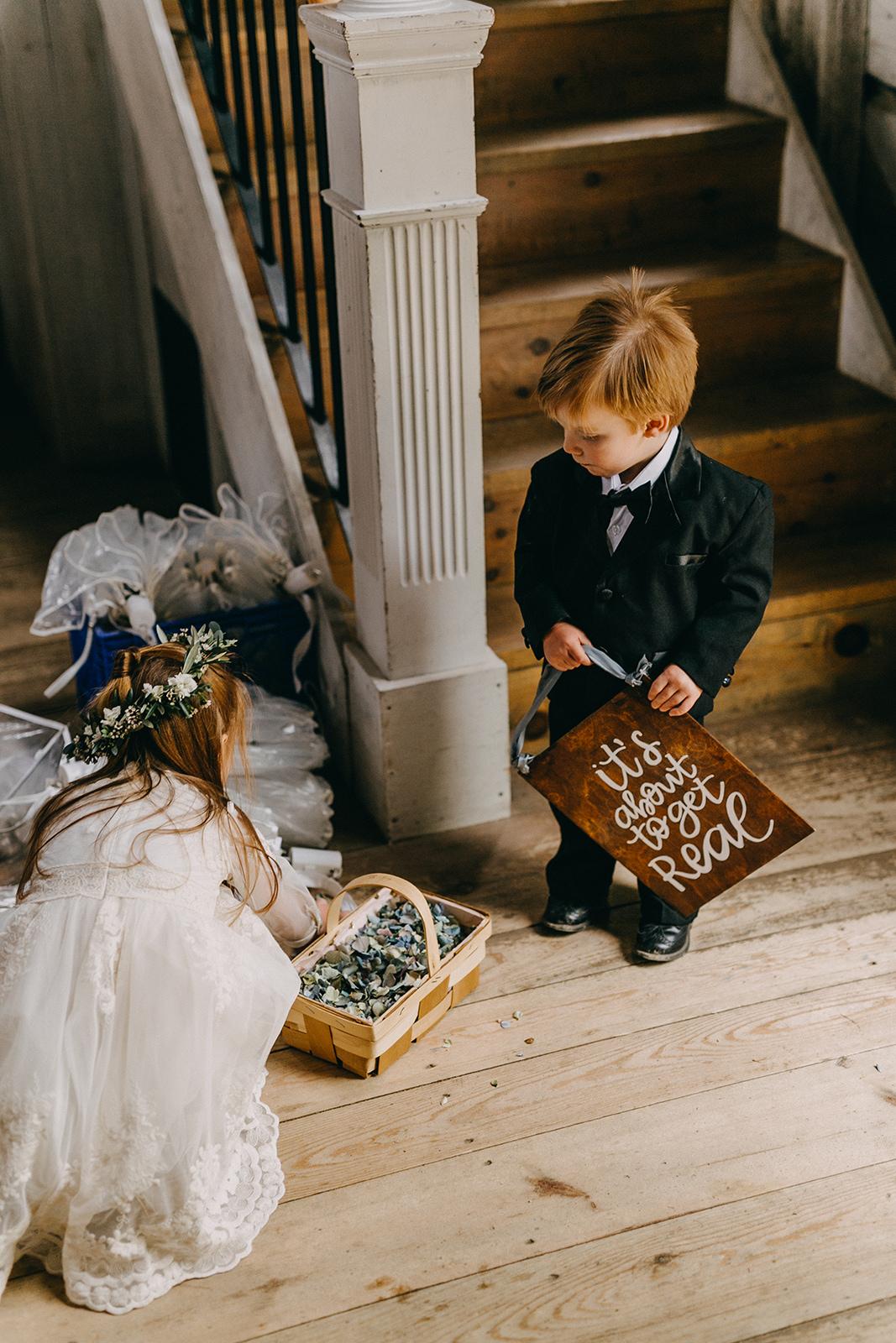 Maine_Wedding_Hardy_Farms(49)