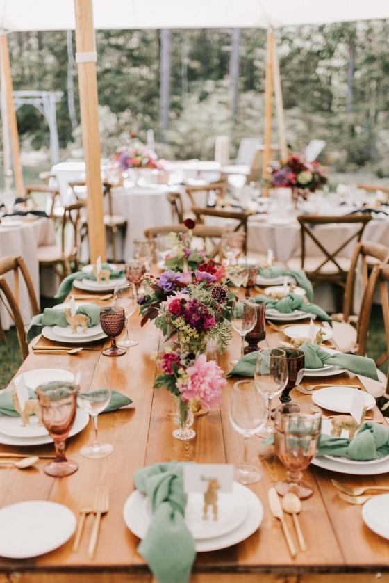 Tablescape at Hidden Pond wedding in Kennebunkport, Maine