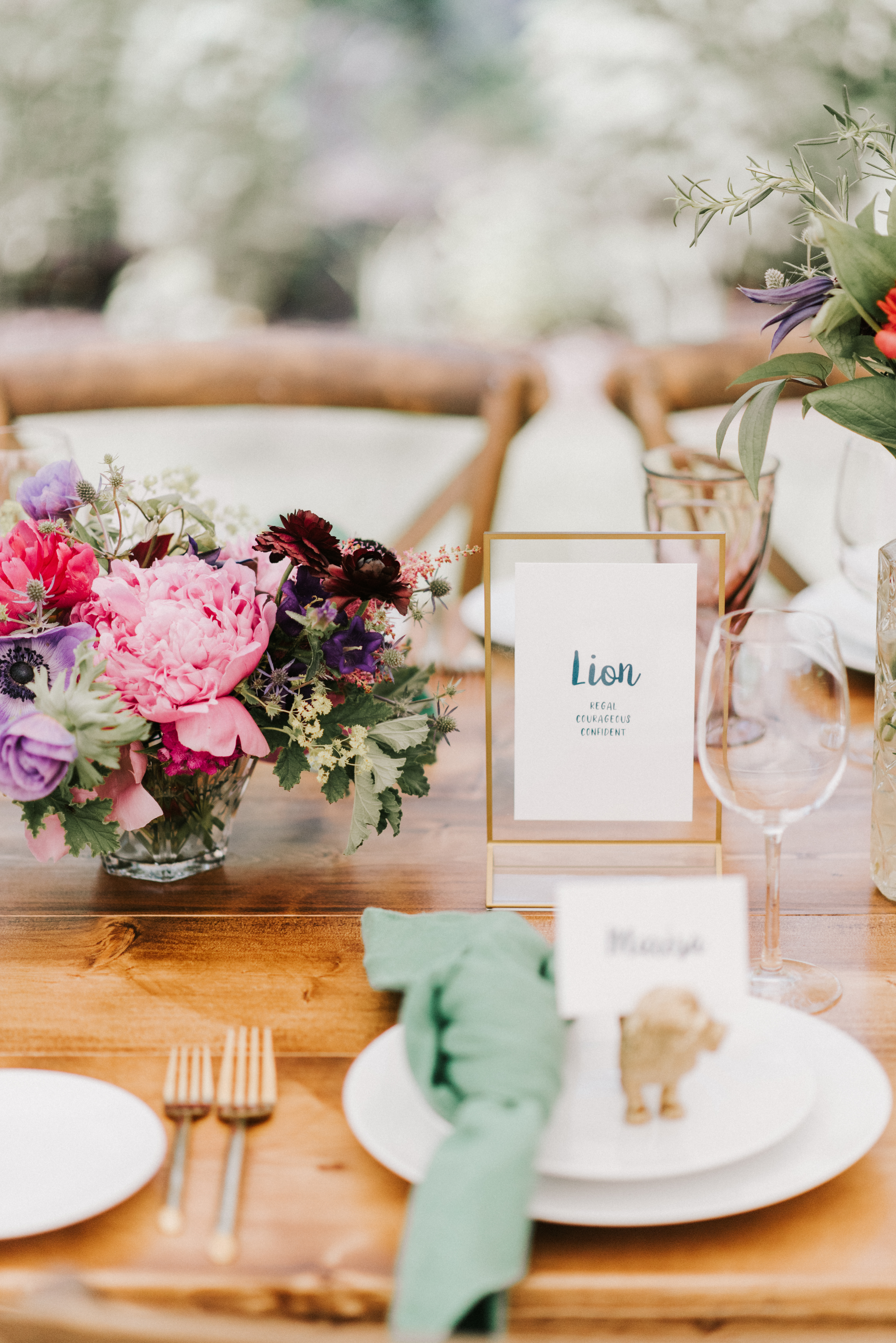 Tablescapes at Hidden Pond wedding in Kennebunkport, Maine