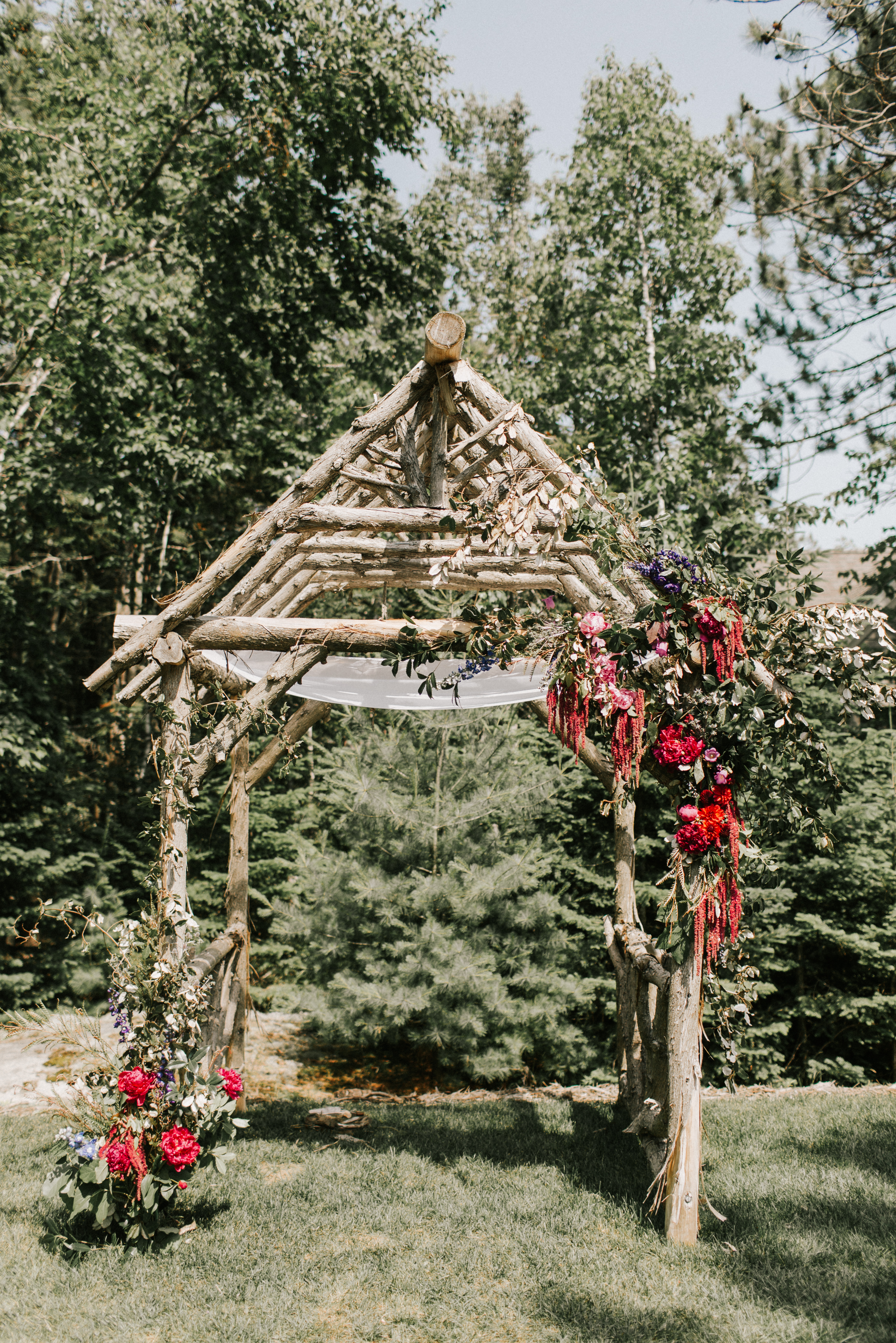 Ceremony arbor at  Hidden Pond wedding in Kennebunkport, Maine