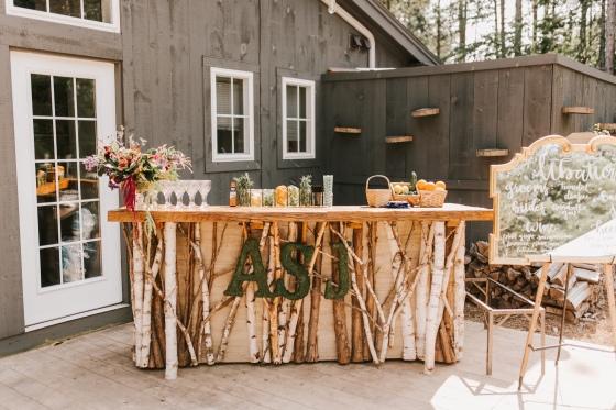 Cocktail hour bar at Hidden Pond wedding in Kennebunkport, Maine