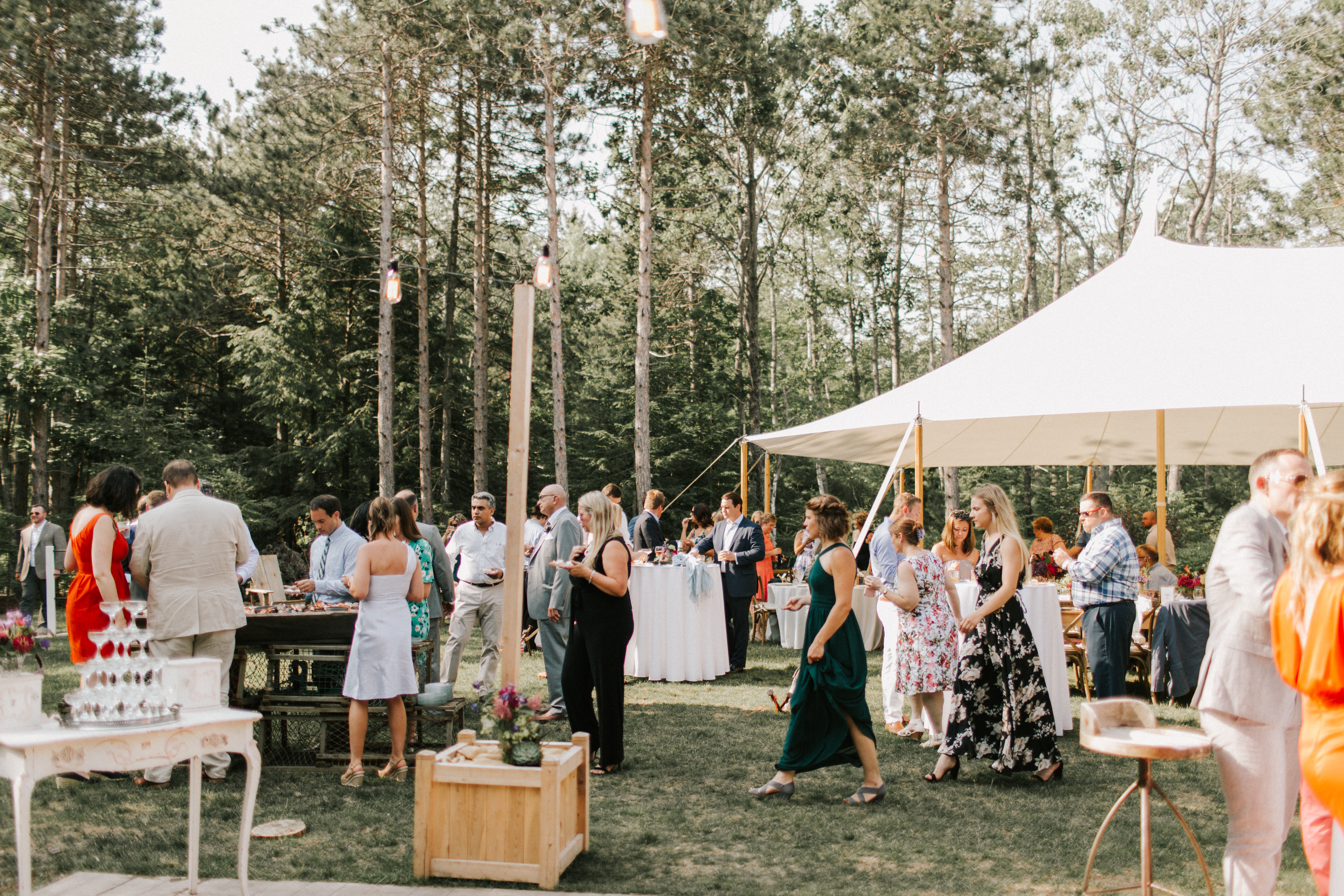 Cocktail hour at Hidden Pond wedding in Kennebunkport, Maine