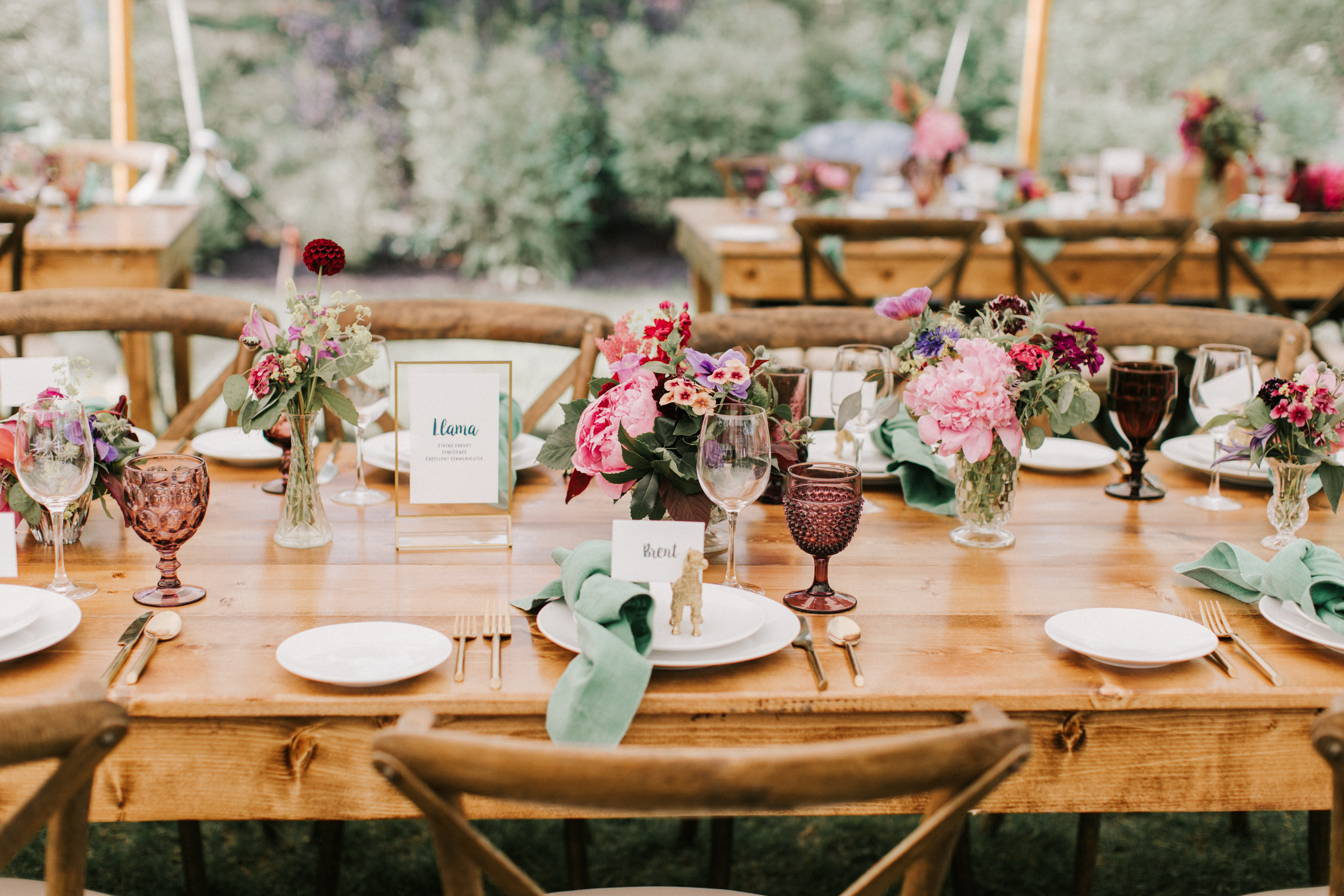 Table setting at Hidden Pond wedding in Kennebunkport, Maine